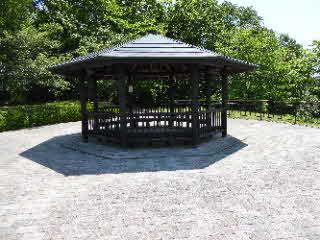 中井中央公園展望台休憩所